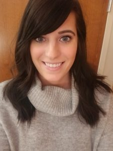Photo of Mandi Metzger a therapist at Renewed Hope Counseling in Greenwood, IN 46143